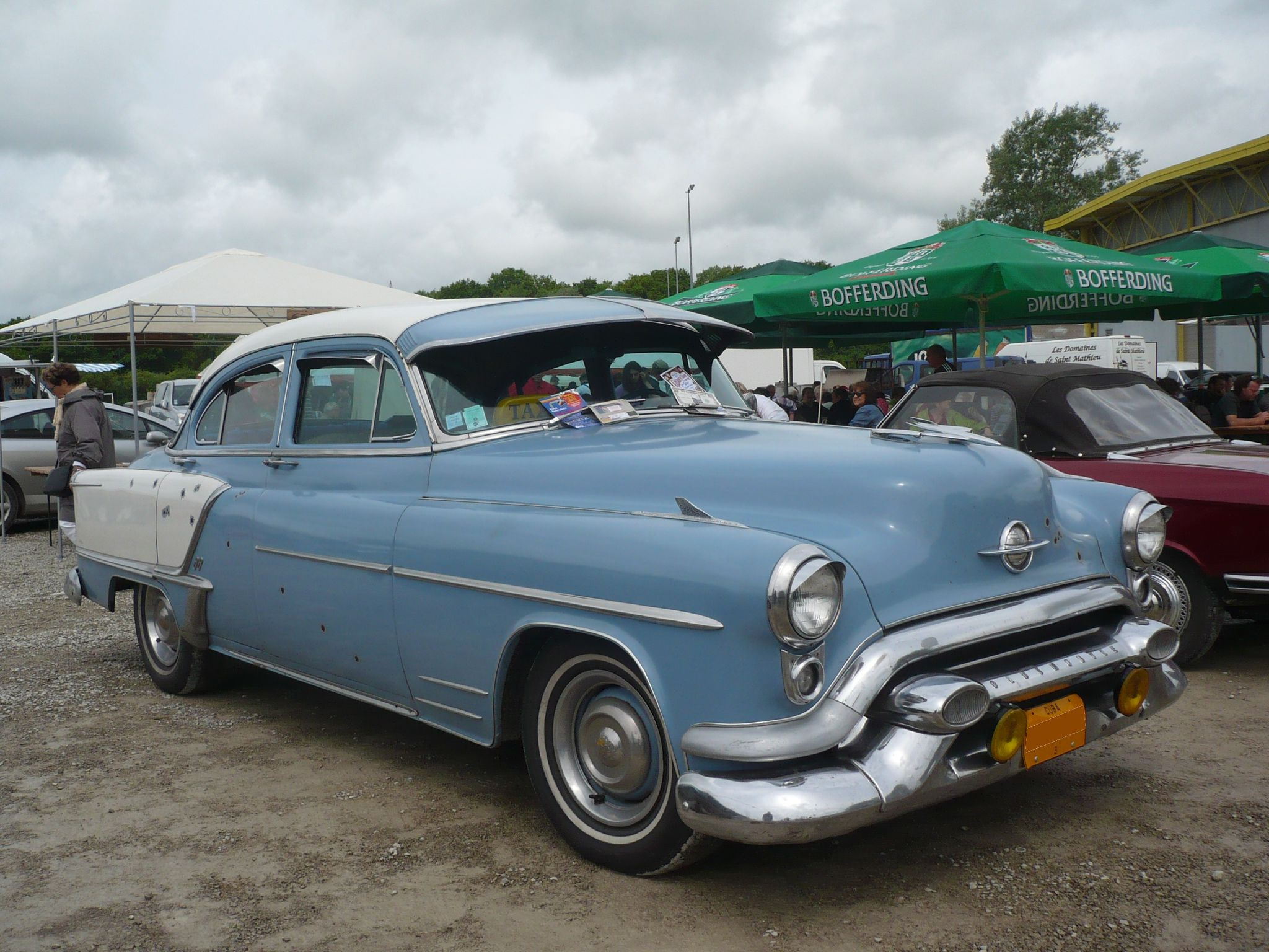 OLDSMOBILE Super 88 4door Sedan 1953 Madine (1)