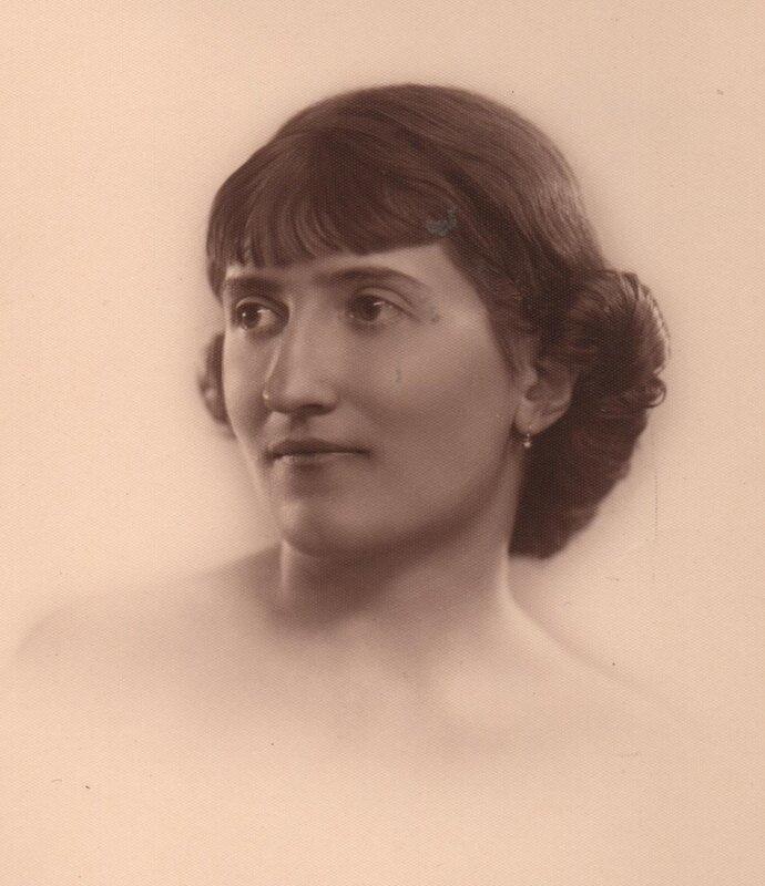 Suzette Thomas 001
