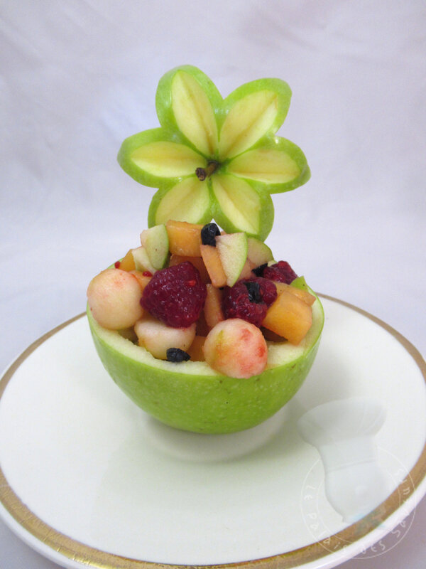 Salade de fruits en habit de pomme