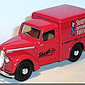 Dinky Matchbox DY08-A Commer 8 Sharps Toffee 02