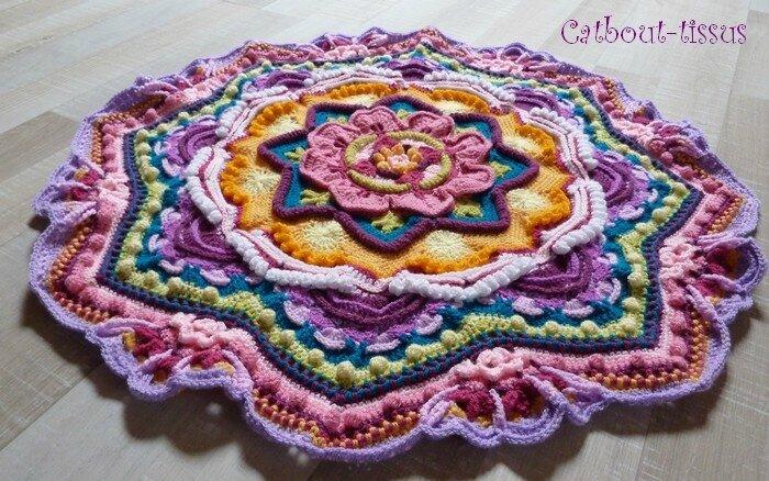 Mandala 8 relief