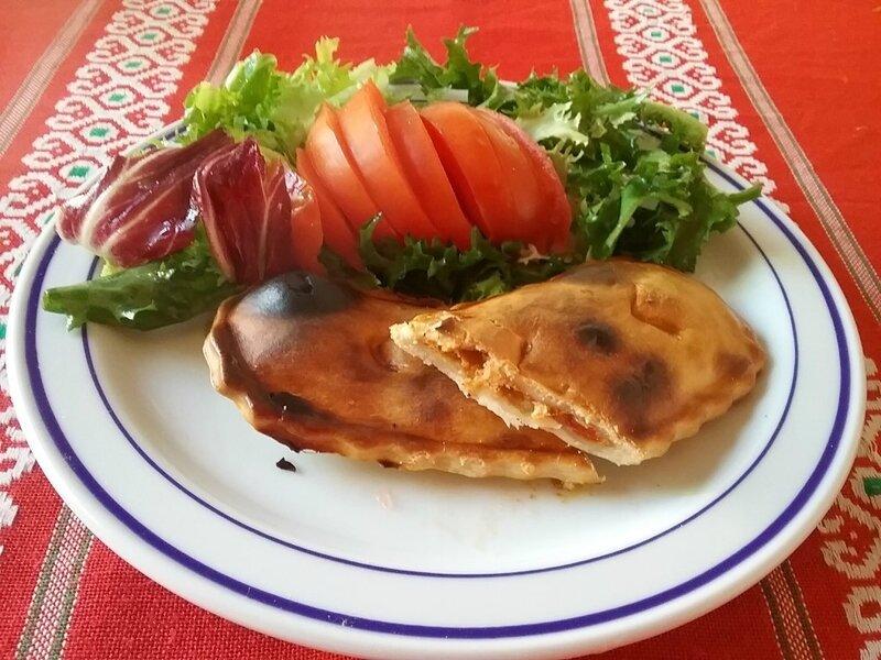 Empanadillas au thon et à la tomate 1