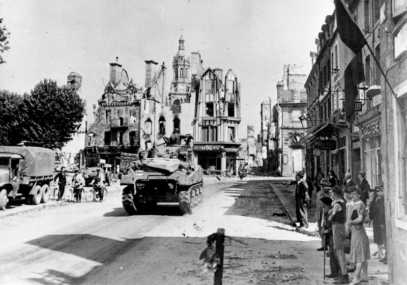 Avranches 1944 bombardement