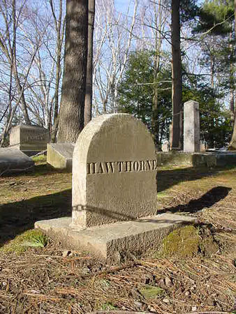 Concord_Sleepy_Hollow_Hawthorne_s_Grave__