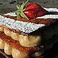 Millefeuille pistache et fraises gariguettes de plougastel: un sérieux défi aux lichous!