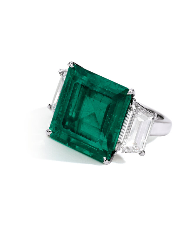 Colombian emerald ring, 9