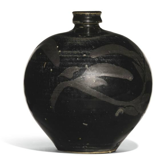 A 'Henan' russet-painted black-glazed jar, Jin dynasty