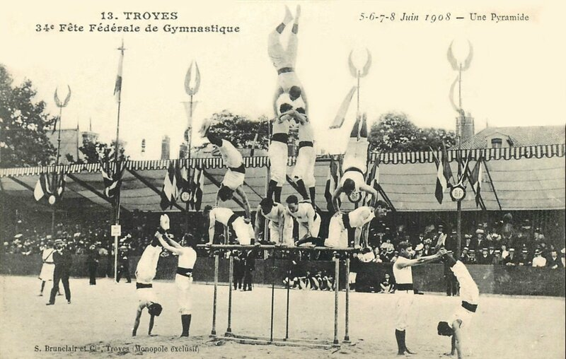 CPA Troyes Juin 1908 Pyramide