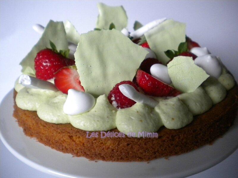 Gâteau aux fraises, framboises et pistaches façon FantastiK 4