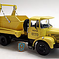Berliet glm 12 multi benne. hachette. collection berliet. #15. 1/43.