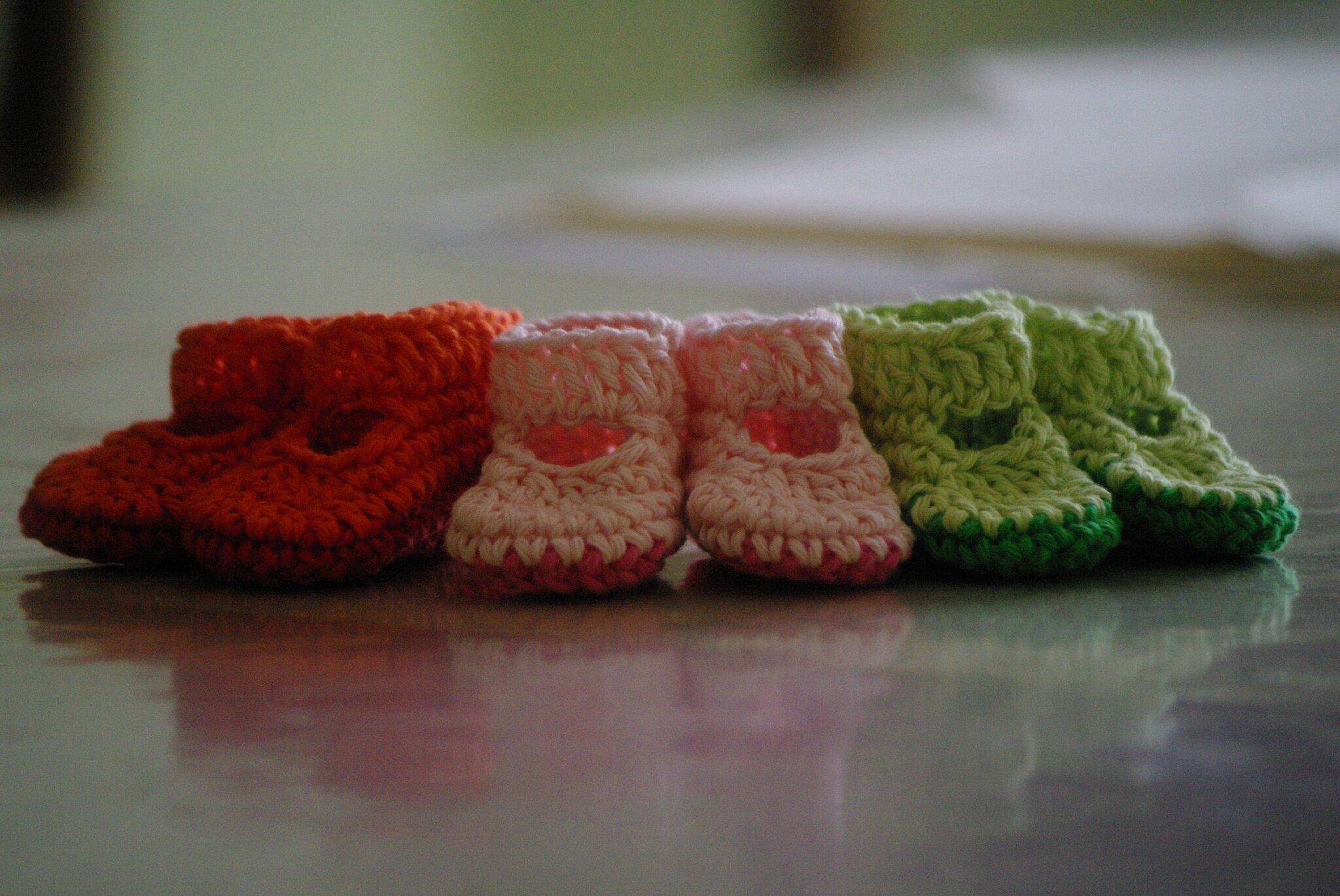 crocheter des chaussons de poupée