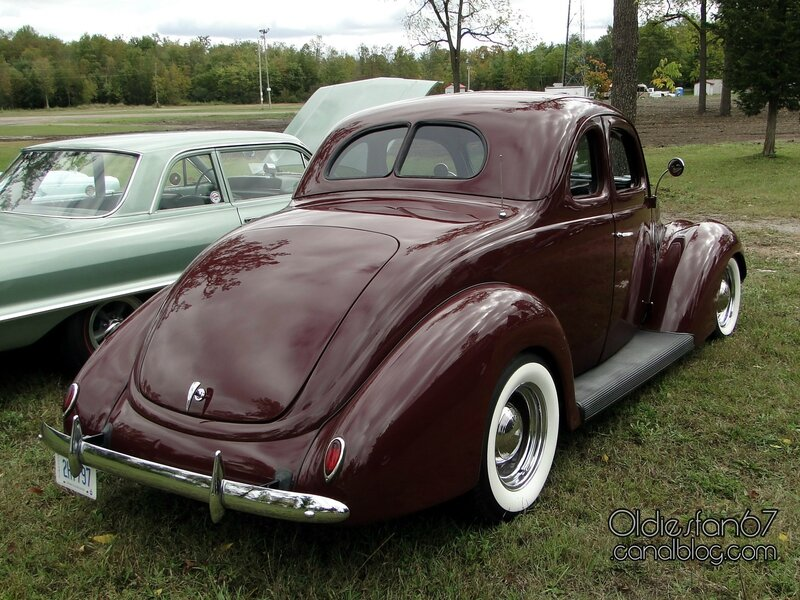 ford-5window-coupe-1937-02