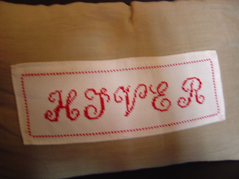 broderie rouge hiver