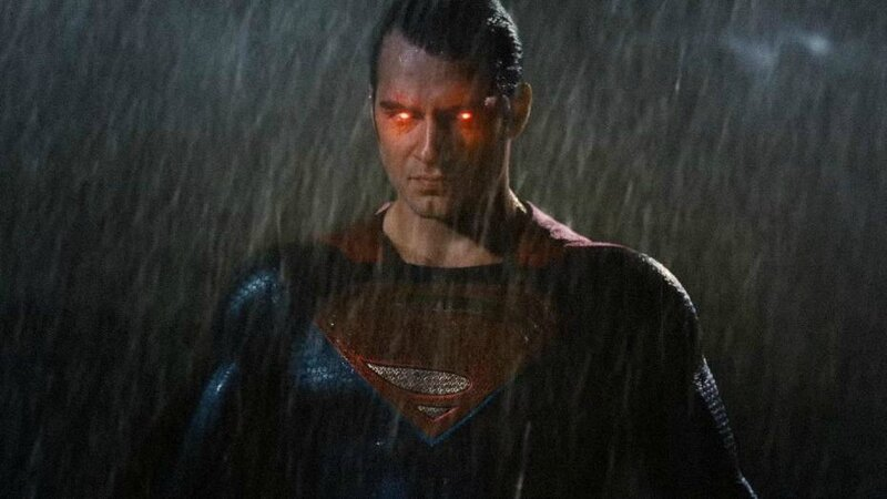 henry-cavill-incarne-superman