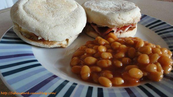 Muffins anglais façon sandwich oeufs-bacon (4)