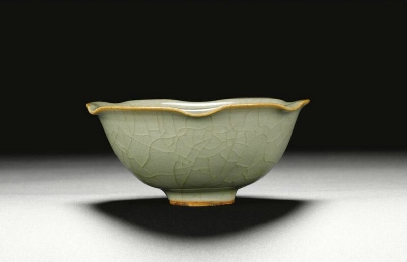A 'Longquan' celadon-glazed 'lotus' bowl, Southern Song dynasty (1127-1279)