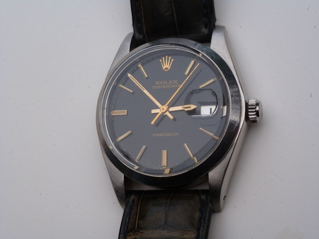 Bourse de Mer - OysterDate 6694 de 1976 cadran noir et Index or - Gilt dial
