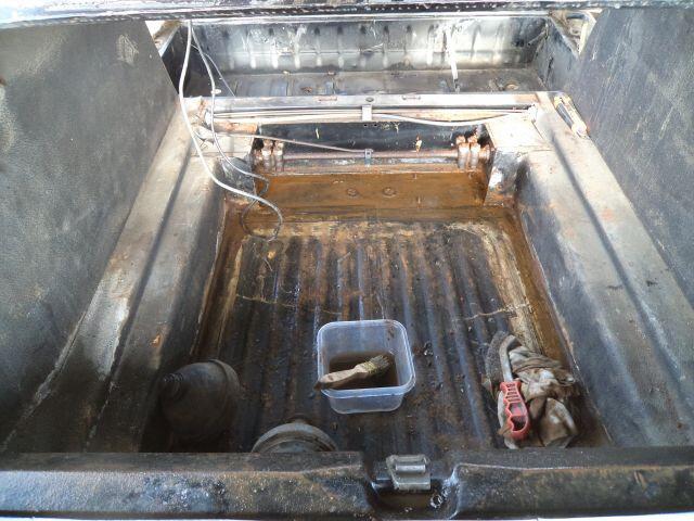 démontage réservoir et début hydraulique 065