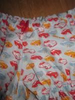 Culotte BIANCA en coton ciel imprimés voitures rouge et orange - noeud mousseline rouge (1)