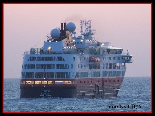 Le FRAM sort du Havre 3