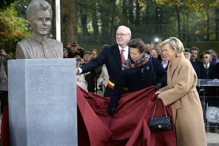 Uccle Buste Edith Cavell Photo AFP ERic Lalmand