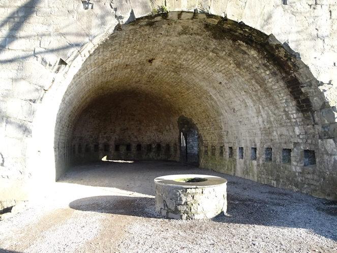 00 citadelle de Dinant casemate