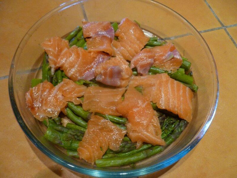 Clafoutis aux asperges et saumon1