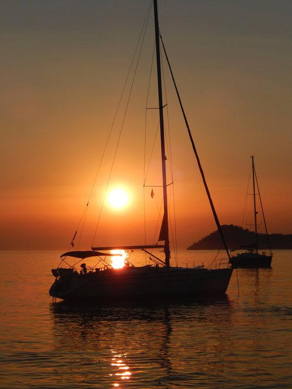 Le Nikka au coucher du soleil à Otok Lopud