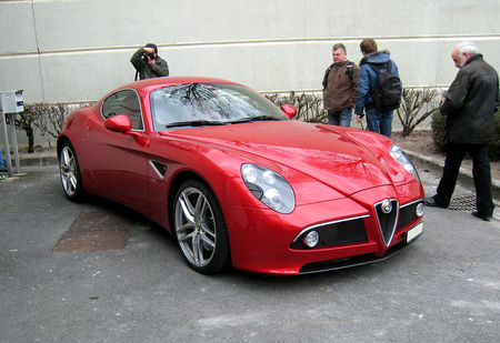 Alfa_Romeo_8C_competizione__23_me_Salon_Champenois_du_v_hicule_de_collection__01