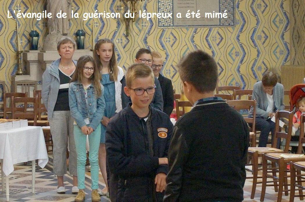 2018-06-10-remise des évangiles-LE DOULIEU (22)
