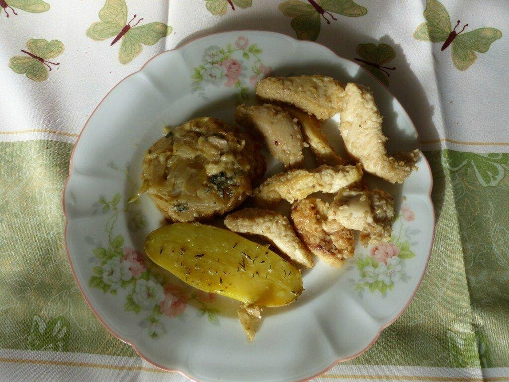 sauter de poulet au sésame sauce citron et miel et tatin d'endives