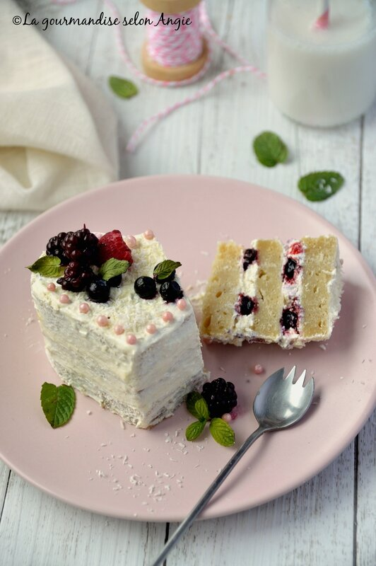 vegan layer cake fruits rouges coco saint valentin 1