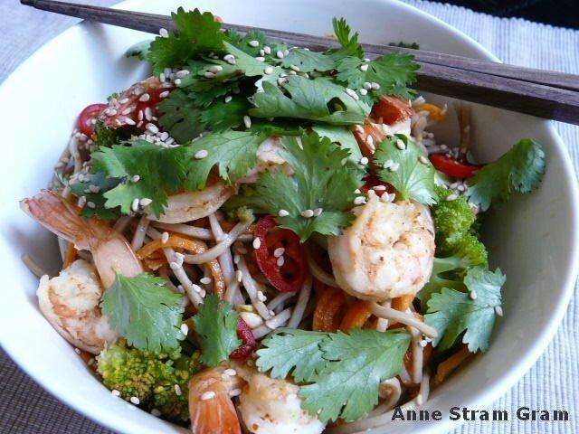Salade soba crevettes