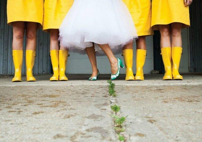 Belle mariage pluvieux-rainboots