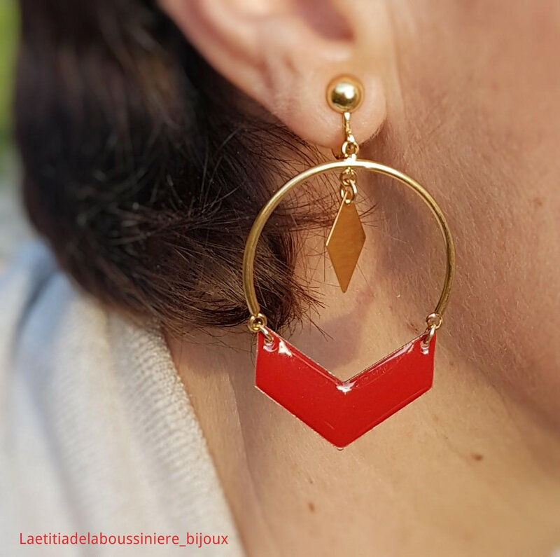BO Béné (doré et rouge) - 16 € sur clip ou pour oreilles percées
