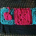 Trousse au crochet rose et bleu