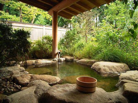 33_shirakawago_onsen_japan