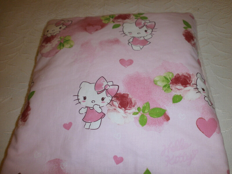Coussin magique hello kitty
