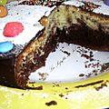 Gâteau marbré et ces petites voitures en pâte d'amandes