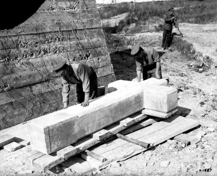 Vimy croix por le mémorial sept 1917