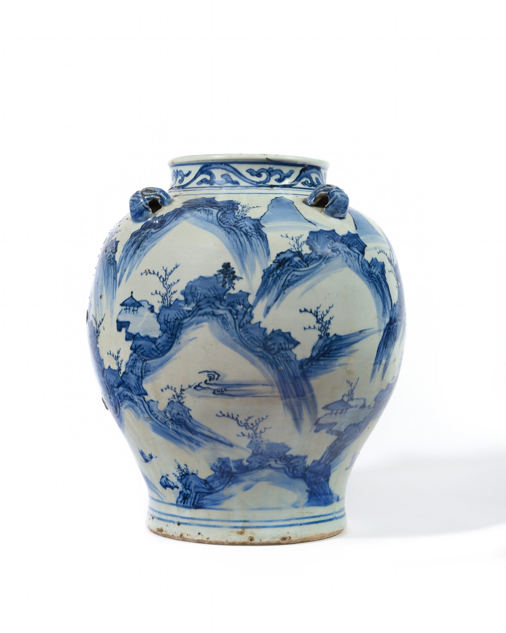 A large blue and white baluster Jar End of Ming dynasty First quarter of the 17th century
