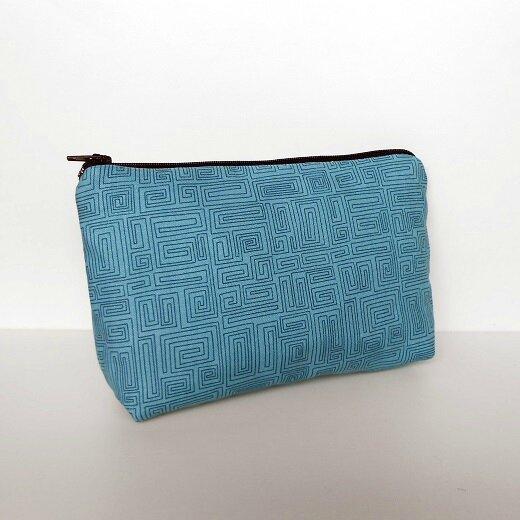 Trousse labyrinthe bleu1