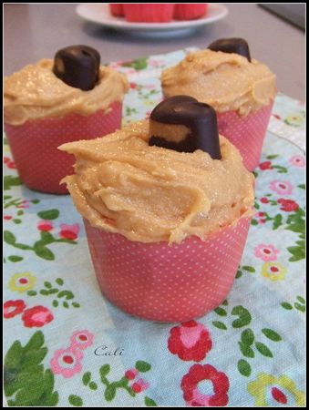 Reese's Cupcakes 002