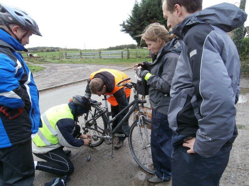 Lerarenkaart fietstocht 2013 - Levant - pitsstop -PB035347