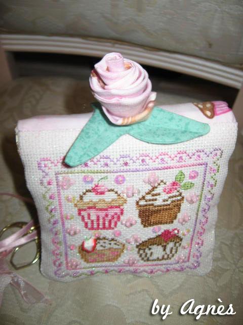 065 - Agnès : http://petites.croix.et.gourmandises.over-blog.com/