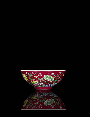 A_rare_and_brilliantly_enamelled_ruby_ground__yangcai___floral__bowl2