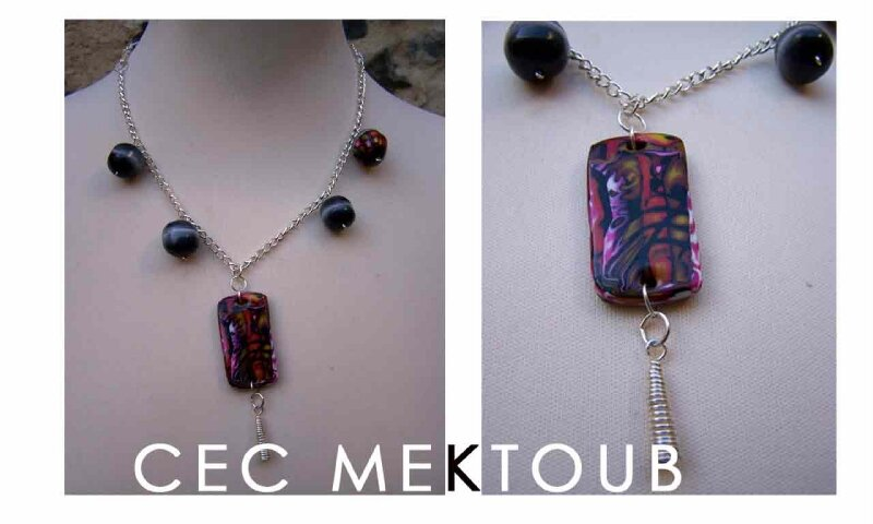 Collier-hidden-magic-rouge