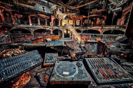 Vinyl City 2