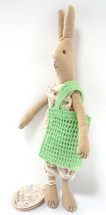 lapine small pyjama fleuri Maileg et sac au crochet (3)