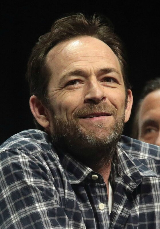 Luke_Perry_by_Gage_Skidmore